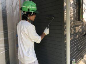 8676上塗り施工中